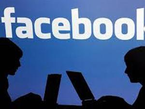 Facebook'ta kadınlara çıplak şantaj