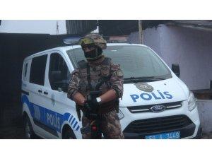 Çorlu polisinden şafak operasyonu