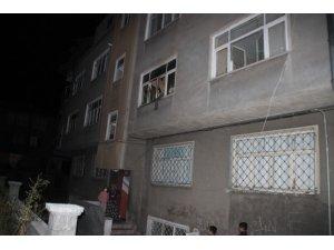 Kayseri'de 8 kişinin yaşadığı evde yangın