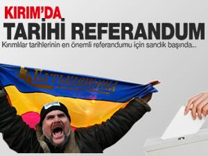 Kırım'da referandum başladı