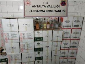 Antalya'da otel deposuna sahte alkol baskını