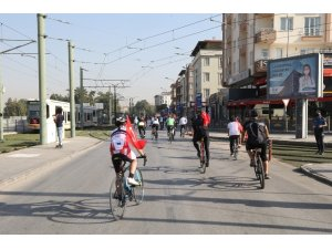 """29 Ekim kutlamaları """"bisiklet turu"""" ile başladı"""