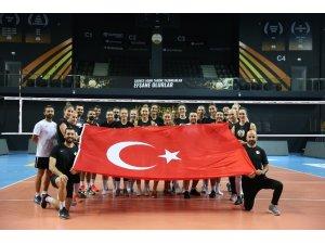 """Guidetti: """"Türk bayrağını dünyanın her yerinde dalgalandırıyoruz"""""""