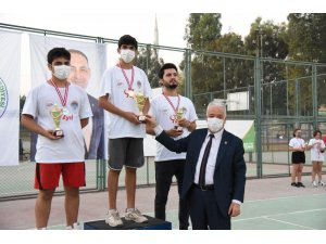 Toroslar'da bocce ve tenis turnuvasında coşkulu final