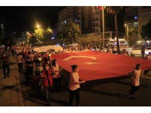 Adana'da Cumhuriyet'in 97 yılı coşkuyla kutlandı