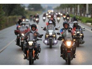 Pamukkale'de 29 Ekim coşkusu motosiklet kortejiyle yaşandı