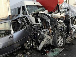 Nijerya'da iki trafik kazasında 55 kişi öldü