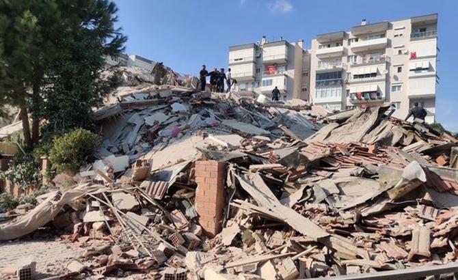 Deprem sonrası operatörlerden ücretsiz konuşma ve internet
