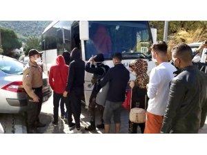 """Kurtarılan göçmen: """"Türkiye cennet"""""""