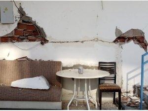 Didim'de iki binada hasar oluştu