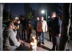 CHP heyeti Kuşadası'nda vatandaşları ziyaret etti