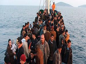 Çanakkale Bozcaada'da 14 kaçak yakalandı