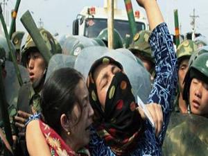 Uygur Bölgesi'nde yine olay: 2 ölü