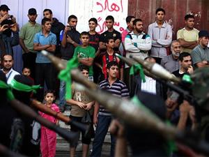 Hamas güçleri tünellerden çıkıp İsrail Karakolu'nu bastı