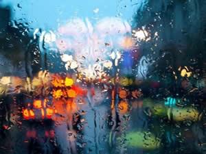 İstanbul'da fırtına çıktı TV, elektrik, internet gitti
