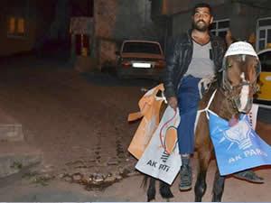Romanlar atlarını süsleyipte geldi