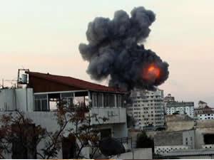 İsrail'in Gazze'ye nefessiz saldırıyor