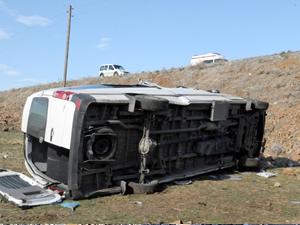 Bingöl'de trafik kazası: 20 yaralı