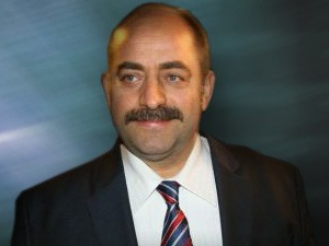 Zekeriya Öz'den 'şeytan' imalı twit