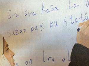 Suriyeli sığınmacılar Türkçe öğrendi