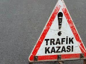 Şanlıurfa'da feci kaza  kamyon otobüse çarptı