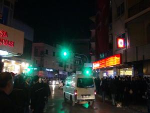 İzmir'de ülkü ocağında sılahlı kavga