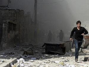 Halep'te varil bombalı saldırı: 15 ölü