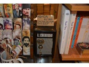 Sinop'ta  'askıda kitap' kampanyası
