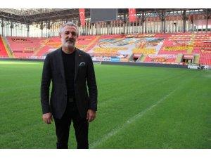 """Talat Papatya: """"Fırat Aydınus emekli havasına girdi, temennim emeklikte yaşa takılmaması"""""""