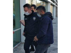 Hırsızlık suçundan gözaltına alındı
