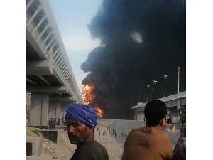 Mısır'da petrol yüklü tankerde patlama: 2 ölü