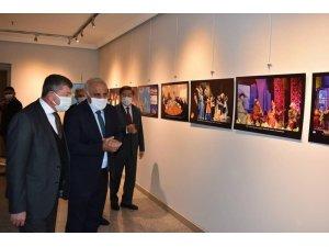 Türk Dünyası Kültür Başkenti Resim Sergisi Trabzon'da açıldı