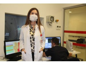 """Prof. Dr. Özbülbül: """"Covid-19'u atlatan özellikle genç ve orta yaş grubunda kalp kası tutulumu olduğunu fark ediyoruz"""""""