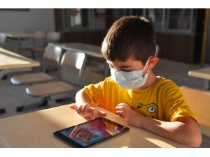 Sosyal yardım alan ailelerin çocukları için ücretsiz internet