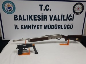 Balıkesir'de polis ekipler son 1 haftada 23 silah ele geçirdi