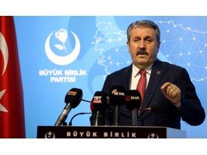 """BBP Genel Başkanı Destici: """"Teröristlerin sözcüsü olanların Türkiye'ye örnek model olarak gösterilmesi Bülent Arınç tecrübesinde bir siyasetçiye yakışmamıştır"""""""