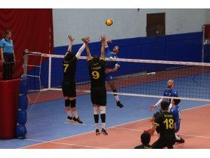 TVF Erkekler Voleybol 1. Ligi: Kocaeli Büyükşehir Belediyesi Kağıtspor: 2 - Konya Büyükşehir Belediyespor: 3
