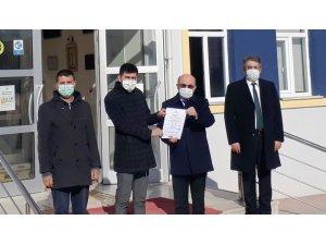 """Hisarcık'ta okul idarecilerine """"Okulum Temiz Belgeleri"""" teslim edildi"""