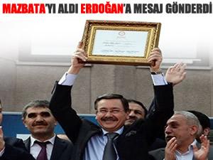 Gökçek, mazbatasını alıp Erdoğan'a seslendi