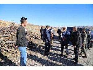 Başkanlar deprem bölgesinde inceleme yaptı
