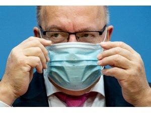 """Almanya Ekonomi Bakanı Altmaier: """"Korona virüs tedbirleri bahar aylarına kadar sürebilir"""""""