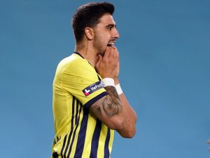 Ozan Tufan Beşiktaş derbisini yine boş geçmedi