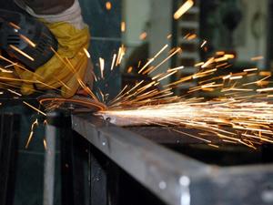Sanayi üretimi yüzde 4,9 arttı