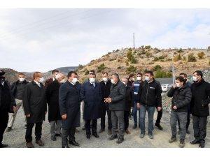 Başkan Gürkan sahadaki personellerle bir araya geldi