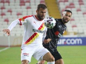 Süper Lig: Sivasspor: 0 - Göztepe: 0 (İlk yarı)