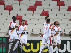 Süper Lig: Sivasspor: 0 - Göztepe: 1 (Maç sonucu)