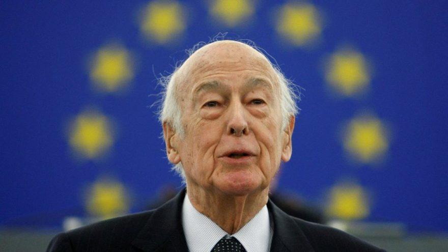 Türkiye karşıtı eski Fransa Cumhurbaşkanı Valery Giscard d'Estaing coronadan öldü