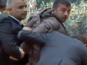 Kılıçdaroğlu'nu yumruklayan saldırgan için şok talep