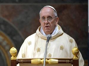 Papa Franciscus Suriye için ateşkes çağrısını yineledi