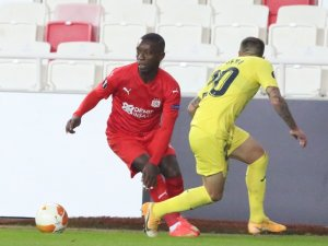 UEFA Avrupa Ligi: Sivasspor: 0 - Villarreal: 0 (İlk yarı)